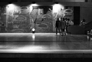 creative-light-black-and-white-people-white-street-418498-pxhere.com (1)
